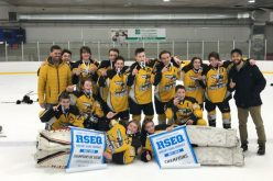 Les Gaulois de Disraeli encore champions en hockey scolaire